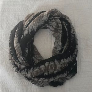Accessories - Black and gray infinity scarf